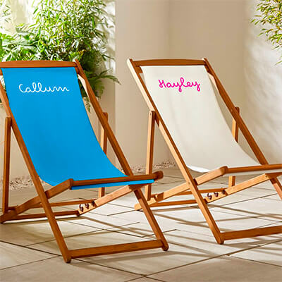 Personalised deck chairs from Custom Gifts